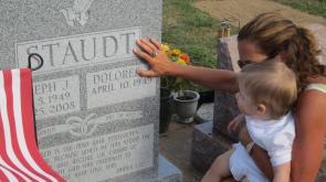 Kristin at grave